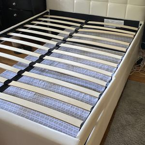 Full size bed (mattresses Included / Bed Frame Free!) for Sale in West Covina, CA