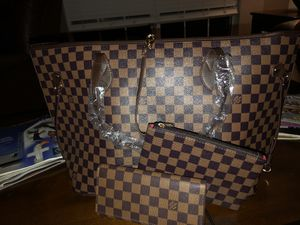 LV Neverfull Purse, Satchel, and wallet for Sale in Port St. Lucie, FL