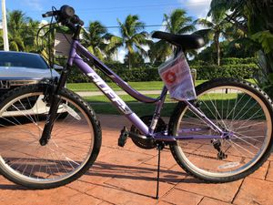 """HUFFY MOUNTAIN BIKE 24"""" NEW! NUEVA! for Sale in Hollywood, FL"""