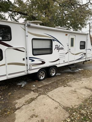 2008 30ft Pilgrim pull behind camper Bunkhouse with Slide for Sale in St. Louis, MO