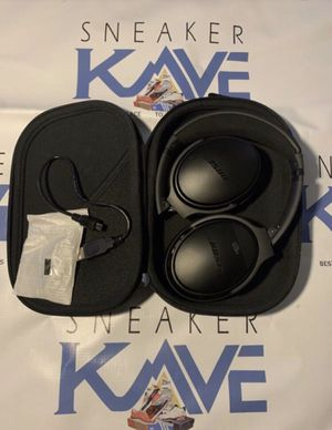 Bose headphones 🎧 for Sale in Indianapolis, IN