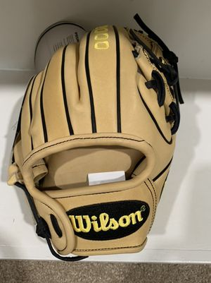 Wilson A2000 baseball glove for Sale in Fairfax Station, VA