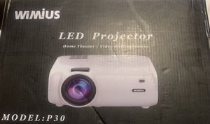 wimius led projector p30 for Sale in Los Angeles, CA