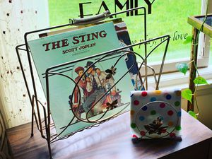 Vintage Magazine/Record Rack and Matching Napkin/Music Holder for Sale in North Bend, WA
