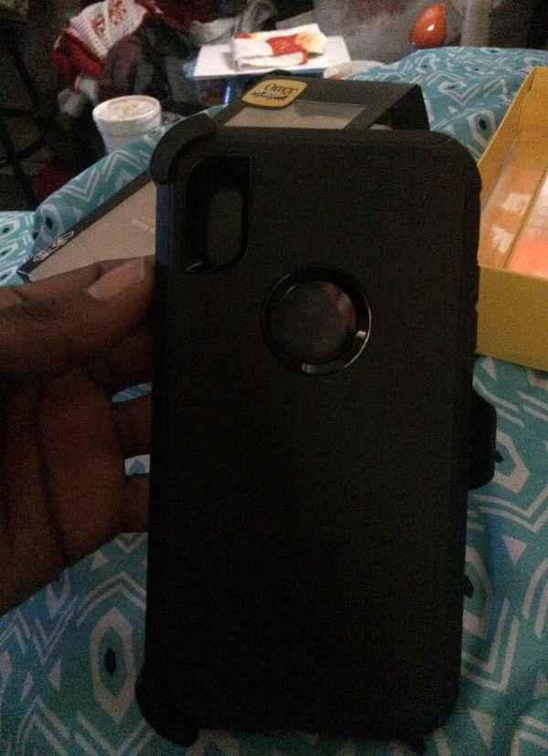 iPhone XS Max otter box case