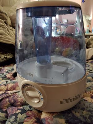 Cool Mist Humidifier (Filter Free) for Sale in Covina, CA