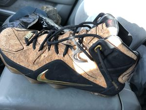 Le brons j for Sale in Lakewood, CA
