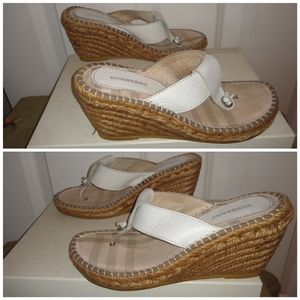 Burberry wedge sandles size 6 for Sale in Tacoma, WA