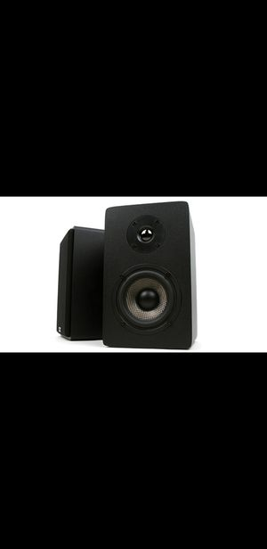 Micca MB42X Bookshelf Speakers with 4-Inch Carbon Woofer and Silk Dome Tweeter (Black, Pair) for Sale in Bell Gardens, CA