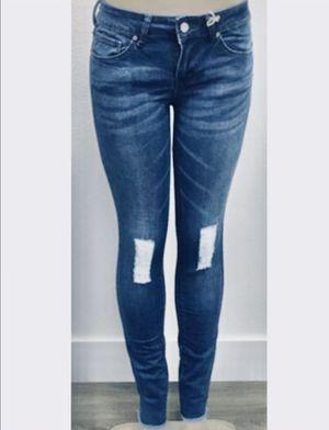 Jeans for Sale in Bellflower, CA