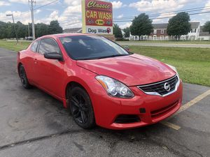 2011 Nissan Altima Coupe for Sale in Columbus, OH