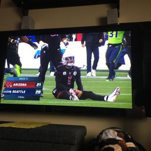 Pioneer Elite Plasma Flat Screen TV 50 inches for Sale in Goodyear, AZ