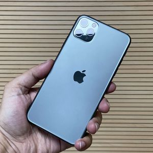 iPhone 11 Pro Max (unlocked) for Sale in Gilroy, CA