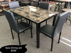 New Beautiful Faux marble dining table set for Sale in Fresno, CA