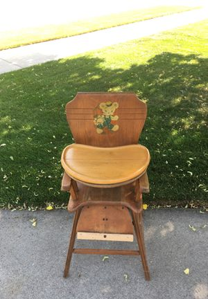 Antique High Chair for Sale in Neenah, WI