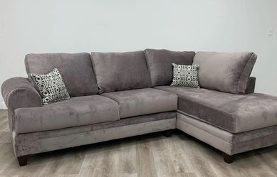 Albany Oversize Sectional Sofa Gray-Chocolate-Black 💕💕💕 for Sale in Houston,  TX