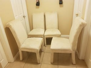 4 Chairs for Sale in Margate, FL