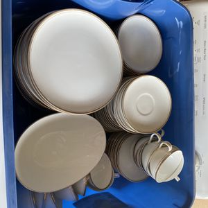 Fine China Dish Set $150 Obo for Sale in Goodyear, AZ