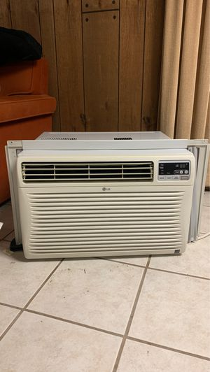 LG air conditioner for Sale in McKees Rocks, PA