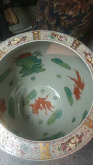 Asian fish bowl vase for Sale in Staten Island, NY