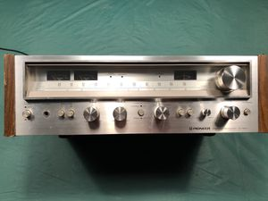 Vintage Pioneer SX-680 Stereo Receiver Amp for Sale in Brunswick, OH