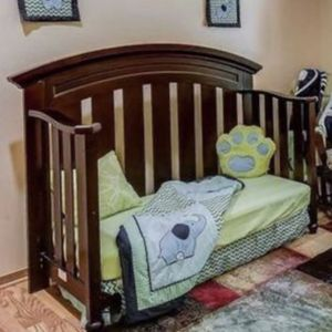 Free Crib With Mattress for Sale in Snohomish, WA