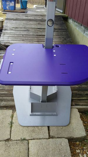 Desk for Sale in Taylor, TX