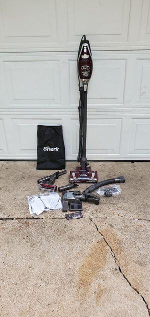 shark Hv322 rocket truepet ultra-light upright vacuum cleaner. for Sale in Fort Worth, TX