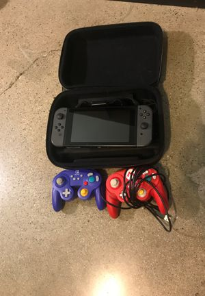 NINTENDO SWICH CONSOLE WITH CARRYING CASE 2 CONTROLLERS CABLES NEW CONDITION for Sale in West Covina, CA