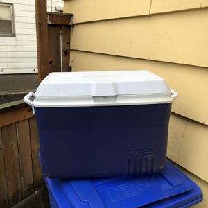 Rubbermaid Cooler for Sale in Portland, OR