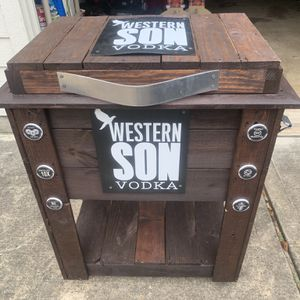 Outdoor Cooler for Sale in Spring, TX