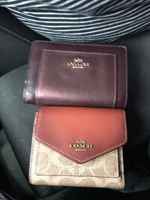 Coach wallet for men n one for woman for Sale in Chicago, IL