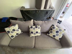 Sofa and Love Seat (FREE) for Sale in Aventura, FL
