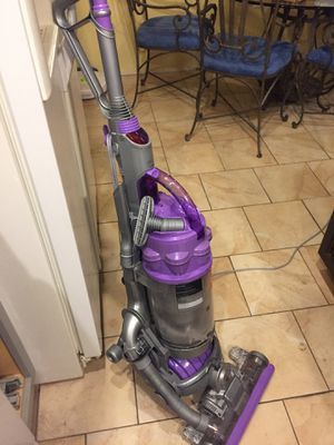 DYSON ball DC15 for Sale in St. Louis, MO
