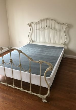 Wrought iron bed. Great condition. for Sale in McLean, VA