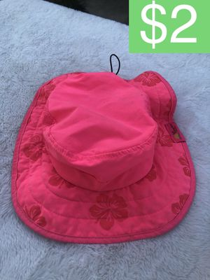 SUN PROTECTION ZONE HAT (SELLING FOR $2) for Sale in Corona, CA
