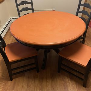 Dining Table And Chairs Set for Sale in Levittown, NY