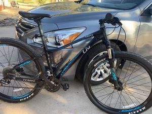 Giant bike for Sale in Phoenix, AZ