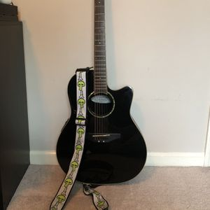 Excellent Condition Ovation Celebrity Accoustic Guitar-Black for Sale in Marietta, GA