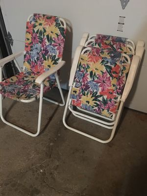 Set if 4 chairs for Sale in St. Charles, IL
