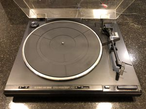 Pioneer PL 570 Turntable for Sale in Dallas, TX
