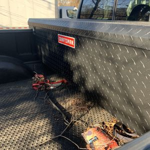 Craftsman Tool box (f150) for Sale in Barrington, NJ