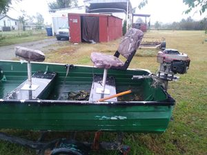Boat make me a offer for Sale in Dewey, OK