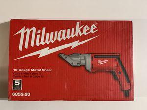 Milwaukee 6.8 Amp 18-Gauge Shear 6852-20 for Sale in Garden Grove, CA