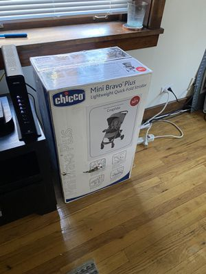 Chicco Baby Bravo Plus Stroller for Sale in Denver, CO