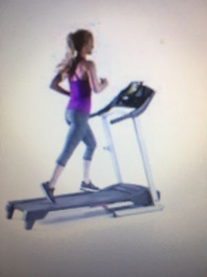 Weslo Cadence G 5.9i. Treadmill for Sale in Laredo, TX