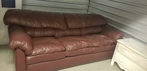 Leather sofa for Sale in MONTGOMRY VLG, MD