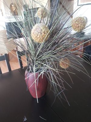 Artificial plant flower decor for Sale in Gaithersburg, MD