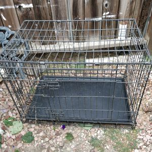 "Dog kennel, 25"" x 30 for Sale in Los Alamitos, CA"