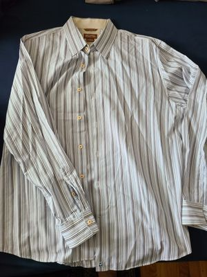 Men's Michael Kors Long Sleeved Dress Shirt. Size L for Sale in Larchmont, NY